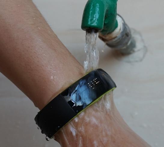智能手环防水设计
